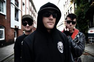 Cobra Skulls featuring Elway / special guests