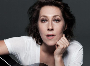 An Evening with Martha Wainwright
