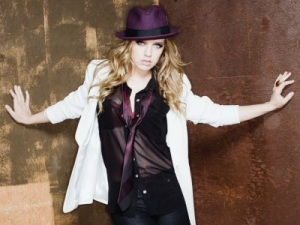ZZ Ward with Special Guests