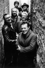 The James Hunter Six plus Jesse Dee