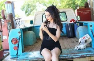 Lindi Ortega with Dustin Bentall and The Smokes and Toy Soldiers