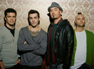Hedley with special guests Avienne