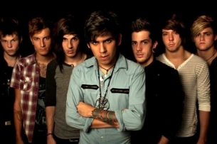 Crown The Empire with Capture The Crown / Palisades / Heartist / Famous Last Words