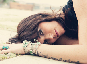 Tristan Prettyman plus Satellite