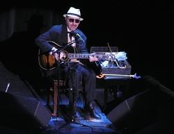Leon Redbone (Seated Show)