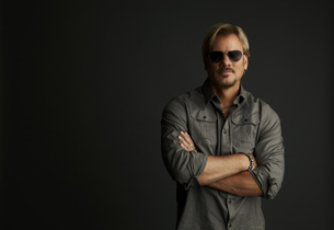 Phil Vassar plus North of Nashville