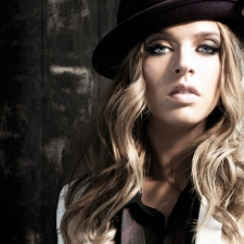 ZZ Ward with Star and Micey & Martin Harley