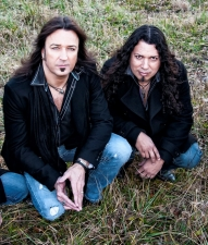 Michael Sweet and Oz Fox of Stryper / in a special all acoustic performance