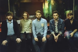 Frightened Rabbit featuring Augustines