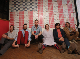 Dr. Dog plus Fly Golden Eagle