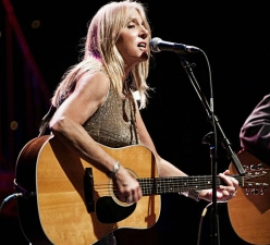 WUMB Member Concert featuring Pegi Young & The Survivors