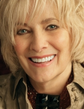 Betty Buckley,