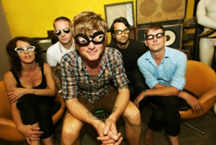 Thee Oh Sees featuring The Blind Shake / OBNIIs