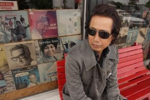 Alejandro Escovedo & The Sensitive Boys Ring in 2014