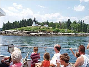 spectacular kennebec river lighthouse cruise, one of americas greatest sightseeing cruises,see 7 lighthouses,seals,eagles,osprey,navy ships at biw / pass thru hells gates,3 rivers,fort pop