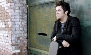 Lee DeWyze with Sam Nicolosi / Rachel McClusky