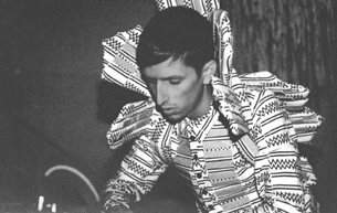 Totally Enormous Extinct Dinosaurs (LIVE) (UK)