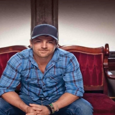 KIP MOORE with Drake White & Striking Matches