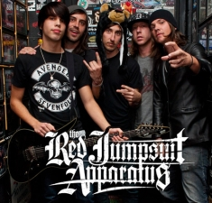 RED JUMPSUIT APPARATUS featuring Sparks the Rescue / Namesake