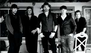 Micky & the Motorcars plus Henry At War