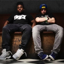 Aer with OCD: Moosh & Twist
