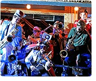 Mucca Pazza featuring the grayces / Manet G