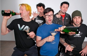 Lagwagon : Dead To Me / The Flatliners / Useless ID