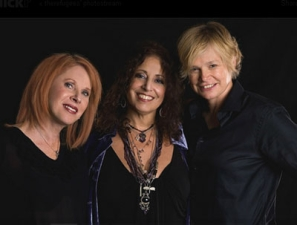 The Refugees featuring (Cindy Bullins, Deborah Holland and Wendy Waldman)