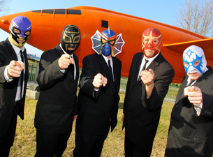 Los Straitjackets Feat. The Return of Daddy-O Grande plus Big Sandy & His Fly-Rite Boys
