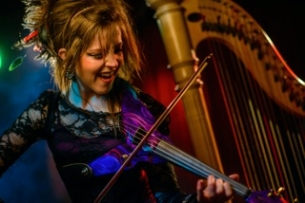 Lindsey Stirling with George Sarah and String Ensemble / Von Grey