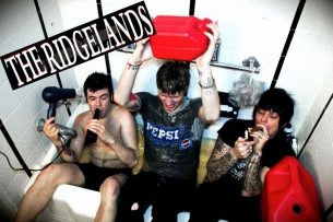 The Ridgelands / The Fizzy Pops / Bottle Kids