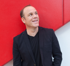 Photo of Tom Papa