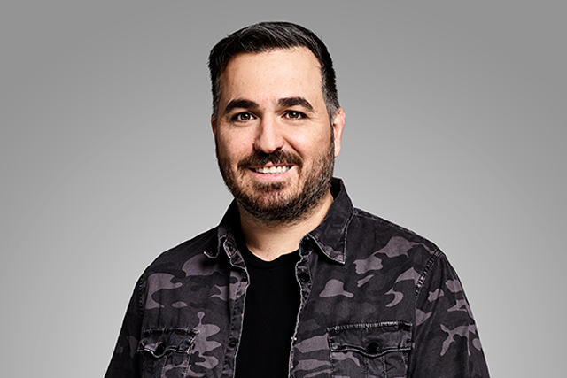 The 44-year old son of father (?) and mother(?) Brian Quinn in 2021 photo. Brian Quinn earned a  million dollar salary - leaving the net worth at  million in 2021