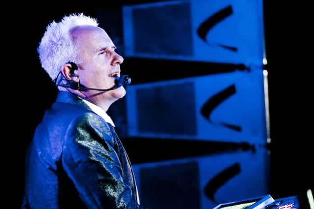Howard Jones Solo