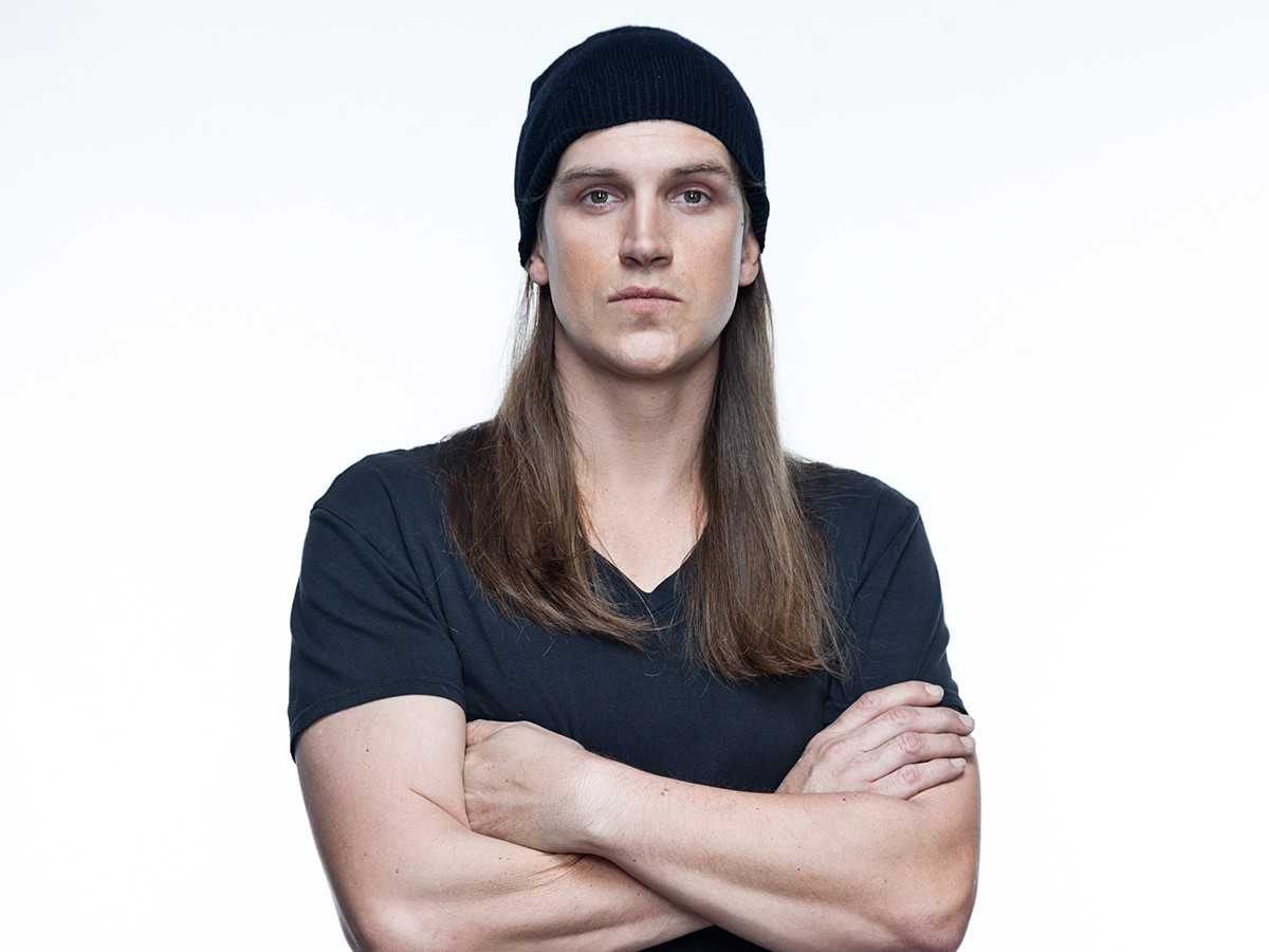 The 44-year old son of father (?) and mother(?) Jason Mewes in 2018 photo. Jason Mewes earned a  million dollar salary - leaving the net worth at  million in 2018