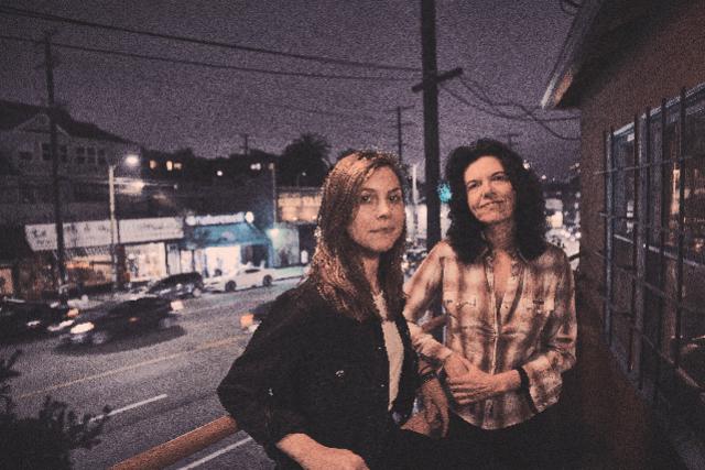 Roscoe & Etta (Maia Sharp & Anna Schulze)