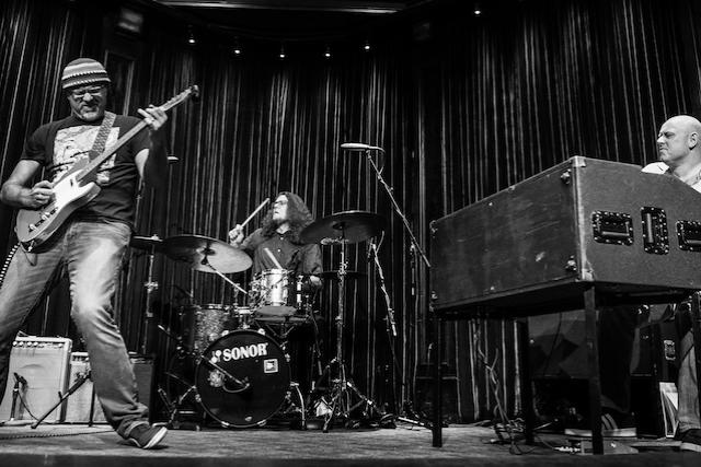 Greg Koch : Koch Marshall Trio & special guest Rick Vito