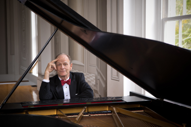 An Evening With Livingston Taylor at Club Cafe