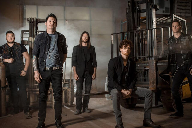 Hinder w/ special guests Red