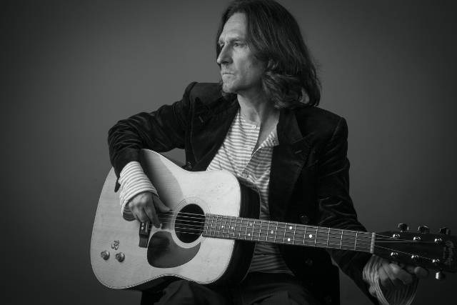 An Evening with John Waite & His Band