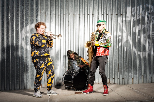 More Info for Too Many Zooz
