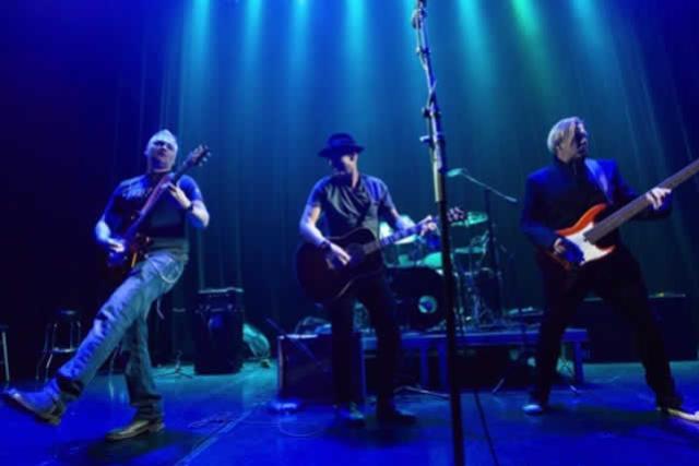 The Samples & Freddy Jones Band